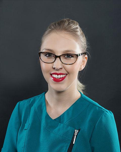 Dr Lucinda Simpson